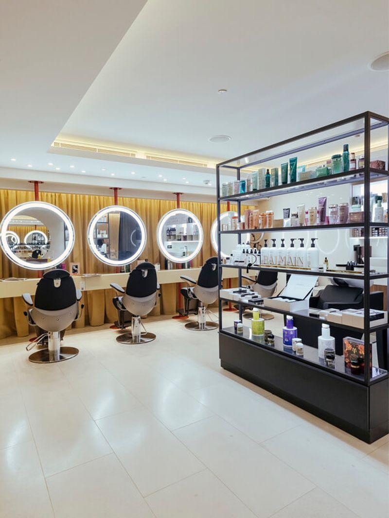 дизайн интерьера, дизайн салона красоты, комплексное оформление салона красоты, мебель для салона красоты, оборудование для салона красоты, мебель под заказ, эксклюзивная мебель, мебель по индивидуальному заказу, все для салонов красоты, рабочие места стилистов, рабочее место визажиста, визажное место, зеркало с подсветкой, витрина для косметики торговое оборудование, мебель для бизнеса, зеркало для парикмахера, зеркало парикмахерское