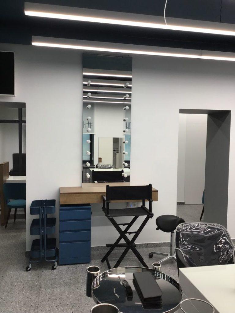 дизайн интерьера, дизайн салона красоты, визажное место, рабочее место стилиста, мебель для салона красоты, комплексное оформление салона красоты, оформление салона красоты, красиві люди, салон красоты киев, кабинет маникюра, визажное зеркало