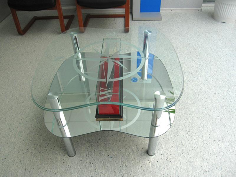 стол по индивидуальному заказу стеклянный